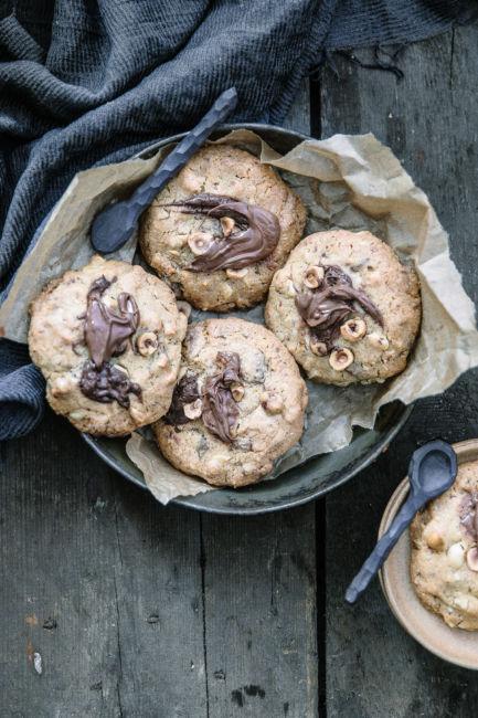 cookies-noisettes-cuillere-porcelaine